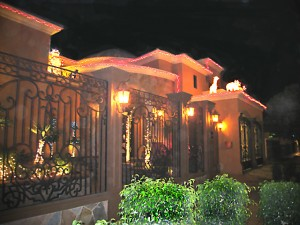 A beautifully decorated Mexicai home